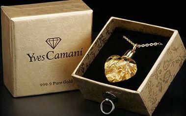 Luxusní ZLATÝ ŠPERK značky Yves Camani Přívěsek ve tvaru srdíčka s plátky 24 karátového zlata na pozlaceném řetízku v dárkové krabičce. Zahrňte se luxusem a darujte jej k narozeninám či jiné události.