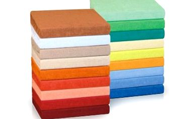 Froté a bavlněná PROSTĚRADLA NA DVOJLŮŽKO Napínací froté nebo bavlněné prostěradlo na dvojlůžko velikosti 180x200 cm. Vhodné materiály a vlastnosti, česká kvalita. Barvy stejné u každého druhu.