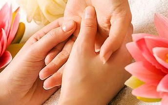 Parafínový zábal, peelingový zábal a masáž rukou za fantastických 150 Kč! Hýčkejte své ruce se slevou 63 %!