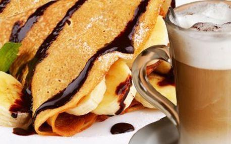3 lahodné palačinky a Latté! Pochutnejte si na palačinkách s čokoládou, banány a šlehačkou!