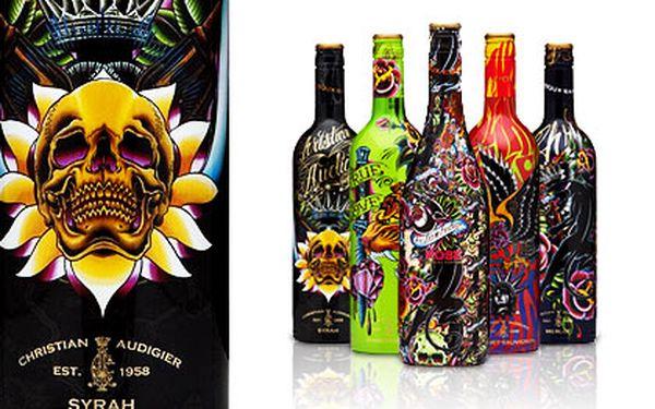 Výjimečná francouzská vína Christian Audigier – výběr z pěti odrůd červených, bílých a růžových vín, stylová láhev od návrháře módní značky Ed Hardy
