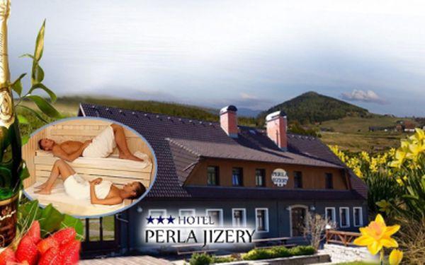 Krásný hotel Perla Jizery*** a pobyt pro DVA na TŘI DNY s POLOPENZÍ, ruskou SAUNOU a sektem s jahodami jen za 2450 Kč! Malebná krása Jizerských hor nyní se slevou 40%!