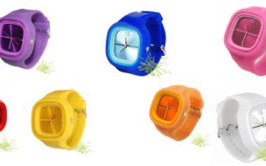 Jen 69 Kč za silikonové hodinky Color Square! Buďte cool s 62% primaslevou!