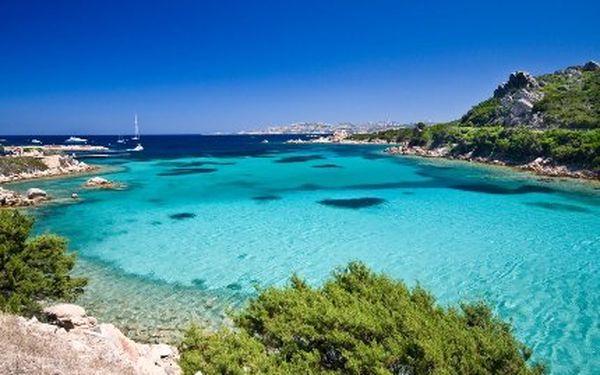 Ubytování pro 3 v nej chorvatském kempu – Dalmácie, ostrov Murter. Doprava luxusními busy. Pláže, moře, sport, zábava. 4.osobu lze dokoupit výhodně.