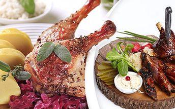 MASOVÉ HODY: kachna, vepřová žebra či koleno 2,2 kg pečené kachny s přílohou, 2 kg pečených vepřových žeber, 2 kg vepřového kolene nebo 1 kg vepřových žeber s 1 kg vepřového kolene. Vyberte si, co máte rádi.