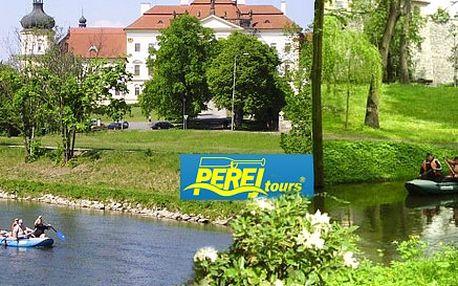 Romantická plavba historickou Olomoucí. Dvě různé trasy a čtyři termíny. Jedinečný zážitek na palubě raftu!