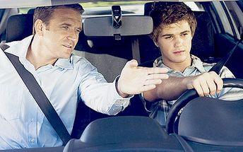 Kondiční jízda v autoškole. Překonejte svůj strach z řízení, naučte se skvěle parkovat nebo si projeďte náročnou trasu s pomocí instruktora.