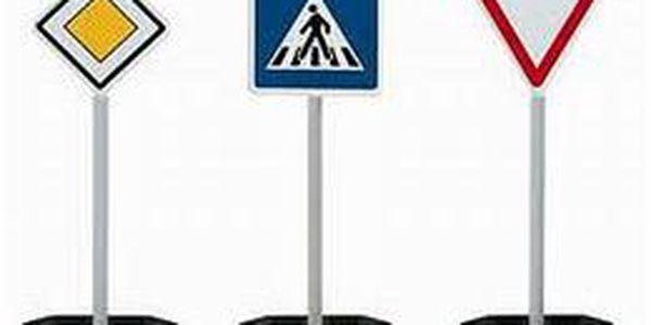 Kondiční jízdy v Praze – na výběr i AUTOMAT a výhodné permanentky! Zavedená autoškola Hájek Vás naučí nebát se jezdit v centru Prahy se slevou až 46%