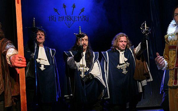 Vstupenky na muzikál Tři mušketýři v Divadle Broadway. Josef Vojtek, Petr Kolář a další hvězdy vromantickém představení Michala Davida.