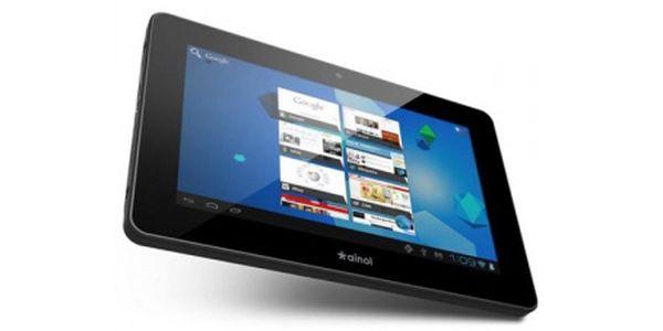 Tablet s operačním systémem Android za 2 799Kč! Kapacitní displej o rozlišení 800 x 480px. V balení nabíječka, sluchátka, USB kabel a OTG kabel.