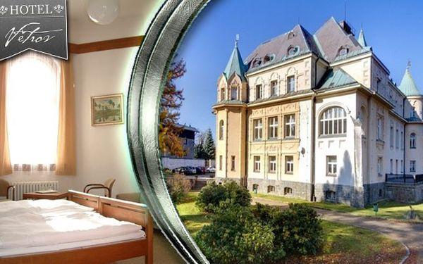 3 dny v zámeckém hotelu Větrov mezi Jizerskými horami a hřebeny Krkonoš s bohatou polopenzí pro dva