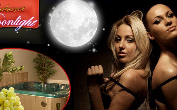 Nabídka pro pány. Vířivka s luxusním programem + láhev dobrého vína v novém Moonlight Cabaretu se slevou 50%!