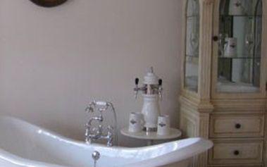 Relaxační PIVNÍ KOUPEL pro 2 osoby s ubytováním na 2 noci – Dolní Bousov. Oddejte se odpočinku a dopřejte tělu regeneraci!