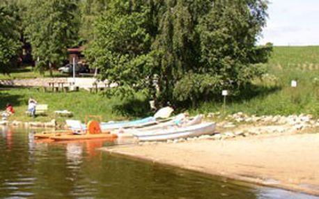 Rodinná dovolená v JIŽNÍCH ČECHÁCH. Týdenní pobyt pro 4 osoby v rekreačním chatovém středisku CHATREK