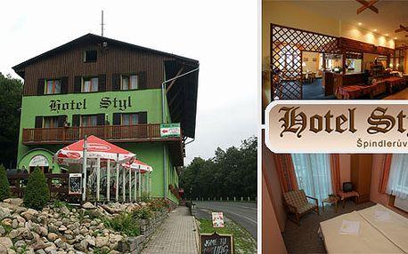 ŠPINDLERŮV MLÝN - ubytování ve tříhvězdičkovém hotelu STYL s POLOPENZÍ za NEUVĚŘITELNÝCH 350 Kč. Léto na horách - objevte také kouzlo Špindlerova Mlýna. Špindlerův Mlýn nabízí nespočet možností relaxace, sportu,...