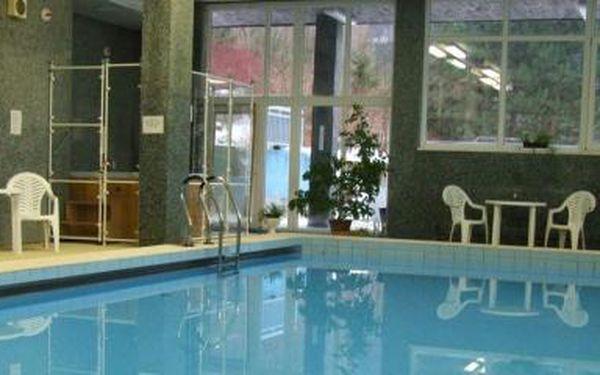 3 dny v Beskydech jen za 1 199,-Kč s polopenzí, bazénem a solnou jeskyní