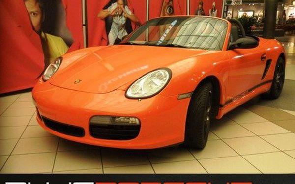 65% sleva na 30kilometrovou jízdu s Porsche Boxster!