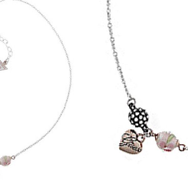 637,- Kč za náhrdelník GUESS s přívěskem srdce!