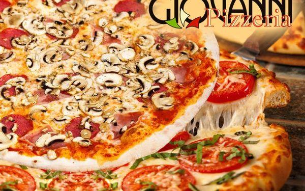 Cenová bomba na pravou italskou pizzu! Za 149 Kč dostanete 2 pizzy dle vašeho výběru a rozvoz po vybraných lokalitách Ostravy k tomu zdarma! S více než 50% slevou zasytíte svůj žaludek a pochutnáte si na výborné pizze!