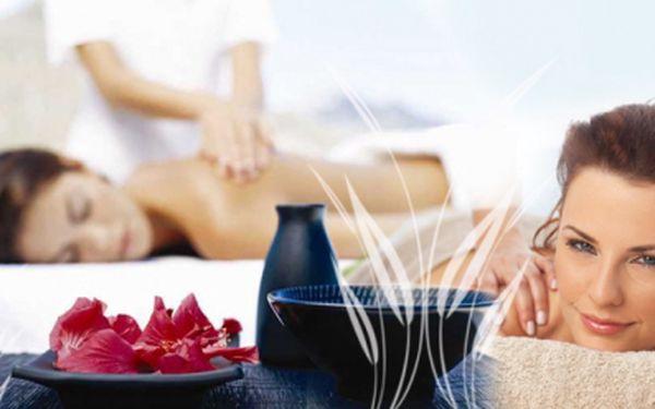 Relaxační olejová AROMAMASÁŽ zad, šíje a ramen Vás zbaví stresů a jarní únavy. Vyberte si délku masáže od 30 do 90 minut podle své libosti již od 116 Kč! Sleva až 65%!
