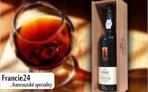 Láhev nebo karton 6 kusů nejoblíbenějšího portského vína Porto Cruz Vintage 1989. Už za 555 Kč!