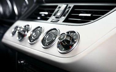 Kompletní vyčištění a doplnění klimatizace! Nechte si kompletně vyčistit klimatizaci včetně doplnění chladicího media, a to bez rozdílu typu vozu!