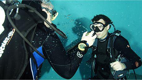 Chcete se potápět a nevíte jak na to? Zkušební ponor v potápěčské výstroji!