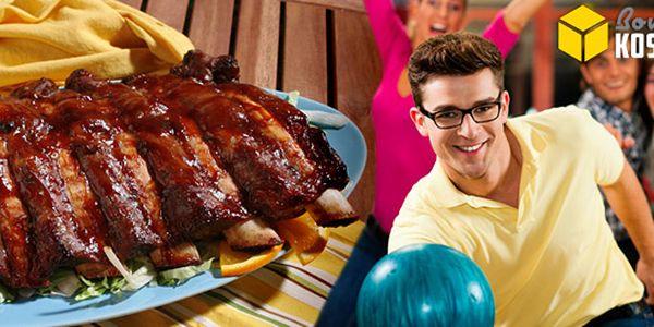 Bowling a porce kuřecích křídel či vepřových žebírek