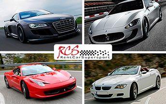 Ferrari F430,Ford Mustang Shelby GT 500, Porsche 911, Nissan GT-Ra spousta dalších.