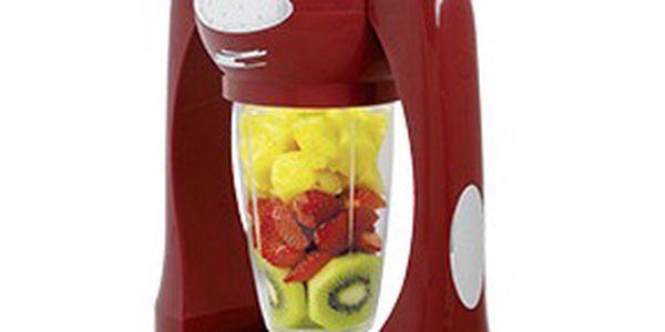 Osvěžte se v létě šťávou plnou ovoce!