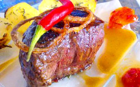 2 x luxusní hovězí steak včetně přílohy pouze za 219 Kč v nově otevřeném Restaurantu Gardenpark nebo romantická večeře pro 2 s pitím, desertem a kávou pouze za 299 Kč.
