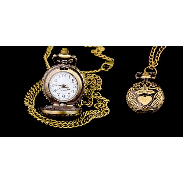 Luxusní originální hodinky QUARTERS v retro stylu pro ženy či muže potěší určitě každého, buďte originální v retro stylu! Poštovné pouze 25 Kč!