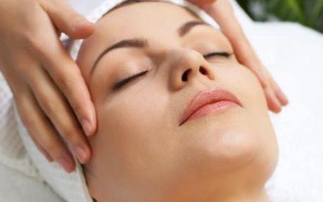 Depilace obličeje voskem pro krásnou zdravou pleť včetně ošetření před depilací a zklidnění po depilaci.