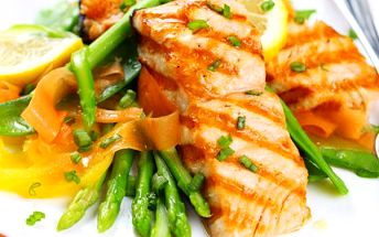 2x 200 g losos na bylinkovém másle! Pochutnejte si na křehkém a jemném mase s příjemnou slevou!