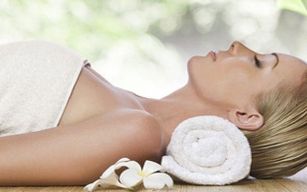 Luxusní omlazující olejová masáž obličeje s použitím kosmetiky značky Payot - čistých přírodních látek!