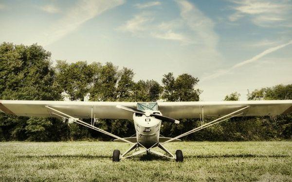 20minutové pilotování akrobatického letadla