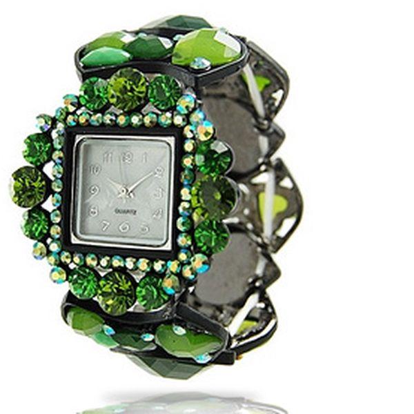 Elegantní dámské hodinky – zelené kamínky imitují drahokamy, řemínek se přizpůsobí každé ruce