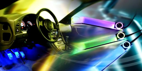 PODSVÍCENÍ DO AUTA za luxusních 349 Kč! Skvělý doplněk pro dokonalý efekt v interiéru Vašeho vozu. Vylepšete si vůz s naší slevou 58% a užijte si jedinečnou atmosféru.