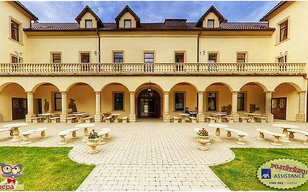 Romantický pobyt na zámku až na 3 noci s polopenzí, wellness a slavnostní večeří.