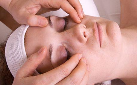 Redukce kruhů a vaků pod očima + aplikace liftingové hyaluronové oční náplasti za fantastických 389 Kč!