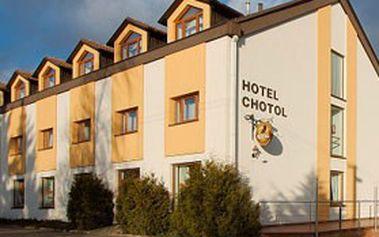 3denní pobyt (2 noci) pro 2 osoby s polopenzí v ***hotelu CHOTOL v Praze Horoměřicích + relax v masážním salonu a lístky na Petřínskou rozhlednu