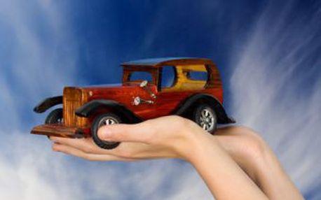 Ochranný nástřik podvozku vozu jen za 1 500 Kč. Koroze, vlhkost, odlétající kamínky podvozek vašeho auta již neohrozí.