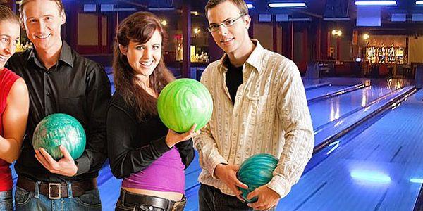 Hodina bowlingu až pro 8 hráčů