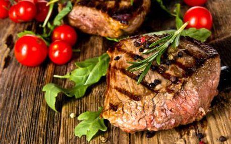 Steaky z uruguayské roštěné! Příloha dle vlastního výběru a chlazené tmavé pivo 21°!
