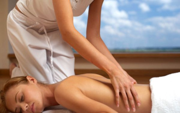 Liečebná masáž chrbta za 5,90 €!