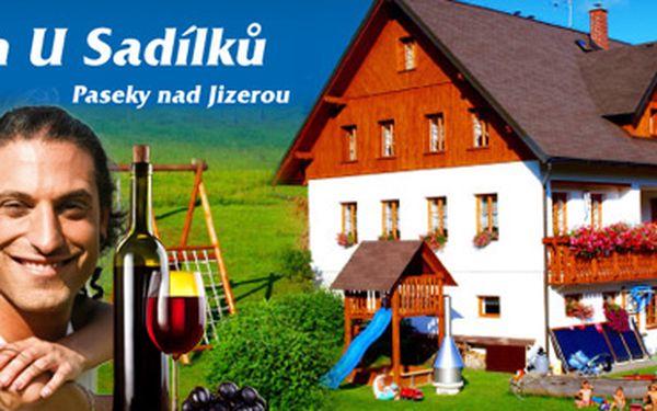 KRKONOŠE s 53% slevou!! 3 dny (2 noci) pro 2 osoby jen za 1 499 korun!! V ceně snídaně, nová moderní infrasauna, láhev vína a 50% sleva na kvalitní vířivku!! Možnost dokoupení večeří!! 50% sleva na půjčení kol!! Užijte si skvělou lokalitu a krásnou přírodu!!
