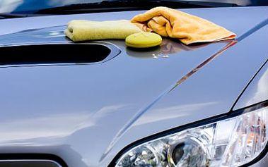Kompletní ruční mytí vašeho vozu! Pečlivé voskování, tepování, vysávání a víc!