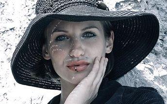 Profesionální fotografie ve Vašem stylu - portrét, glamour, decentní umělecký akt a další, 50% sleva na vizáž.
