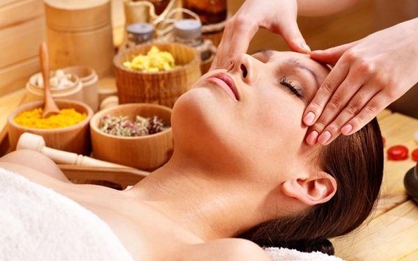 Hluboce relaxační indická masáž hlavy