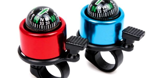 Jezdíte rádi na kole? Pak určitě oceníte užitečný zvonek s kompasem, který je nyní jen za 119 Kč!!